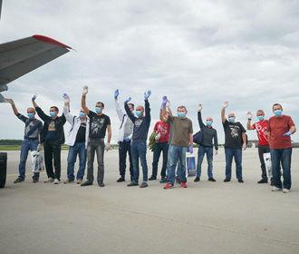 В Киев вернулись 14 украинских моряков, которые три года провели в ливийской тюрьме