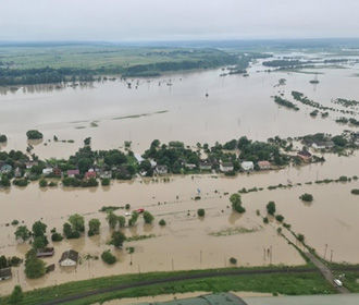 В Украину прибыла помощь из Италии для борьбы с наводнениями
