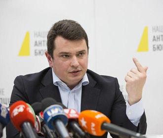 Эволюция недостоинства: «дела Майдана» прилипли к рукам Сытника