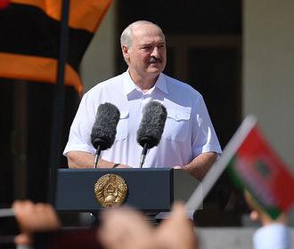 """Лукашенко пригрозил Украине и ЕС ответственностью за """"разжигание беспорядков"""""""
