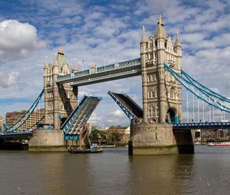 В Лондоне запретили ходить в гости