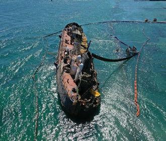 Подъем затонувшего танкера Delfi снова откладывается