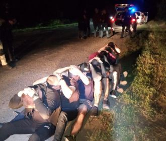 Полиция задержала банду обстрелявших автобус с активистами Кивы