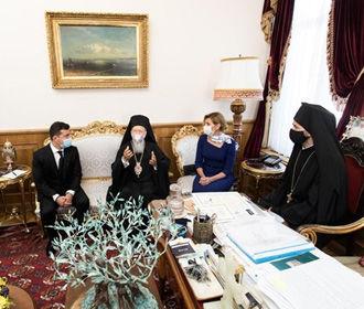 Зеленский углубляет православный раскол в Украине под влиянием извне