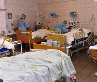 Больницы Ужгорода заполнены на 100% - ОГА