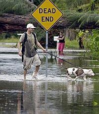 """США подсчитывает ущерб от урагана """"Айрин"""""""