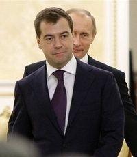 Жириновский: Медведев и Путин оба пойдут на выборы