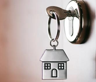 Нардеп Клочко пояснил, откуда его мать взяла миллионы на недвижимость