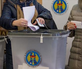 Конституционный суд Молдовы отложил признание выборов президента