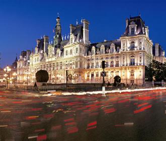 Мэрию Парижа оштрафовали за преобладание женщин в руководстве