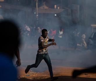 Уганда волнения