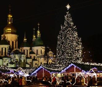 В Киеве в субботу зажгут главную ёлку Украины