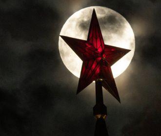 В Кремле не исключают, что Россию могут отключить от западных платежных систем