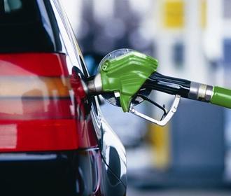 Кабмин установил предельные уровни торговой надбавки АЗС при продаже дизтоплива и бензина