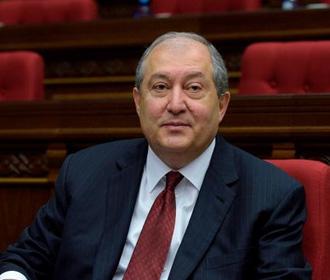 Президент Армении тяжело переносит коронавирус