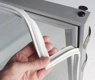 Уплотнитель для холодильника - когда менять и где купить?