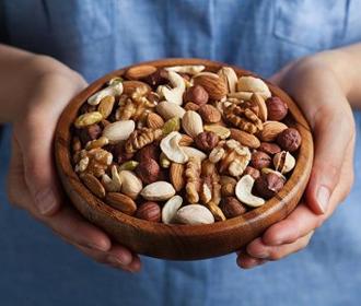 Орехи оказались спасением от преждевременной смерти