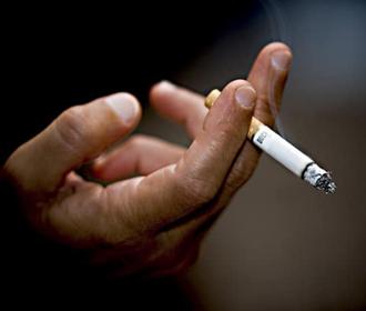Курение связали с повышенным риском самоубийства