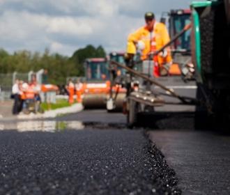 Зеленский заявил о цели государства отремонтировать 6,5 тыс. км дорог до конца года
