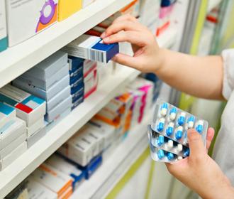 В Раде планируют запретить продажу лекарств детям до 14 лет