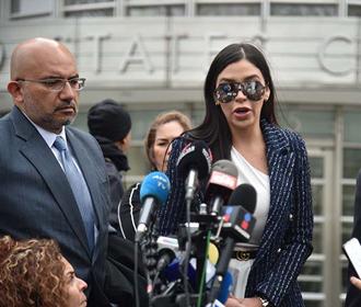 В США задержали жену наркобарона Эль Чапо