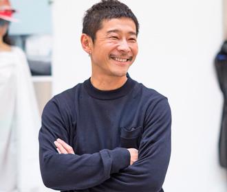 Миллиардер из Японии ищет спутников для полета к Луне