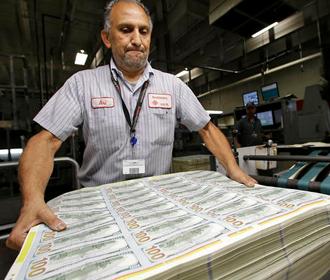 Администрация Байдена разрабатывает новый план поддержки экономики объемом $3 трлн