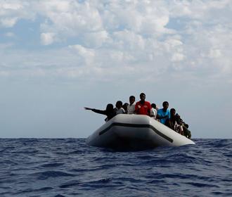 Испания вышлет тысячи прорвавшихся в страну мигрантов