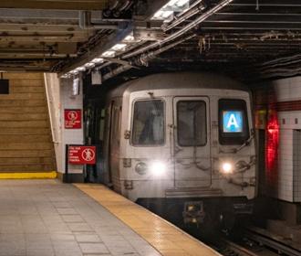 Нью-Йорк будет прививать вакциной Johnson & Johnson в метро