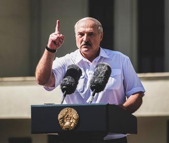 """Лукашенко рассказал об """"откровенном разговоре"""" с Порошенко в 2014 году"""