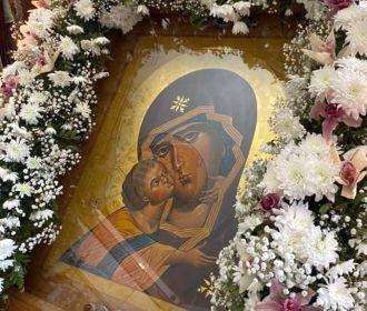В столичном Десятинном монастыре УПЦ почтили икону, перед которой явилась Богородица