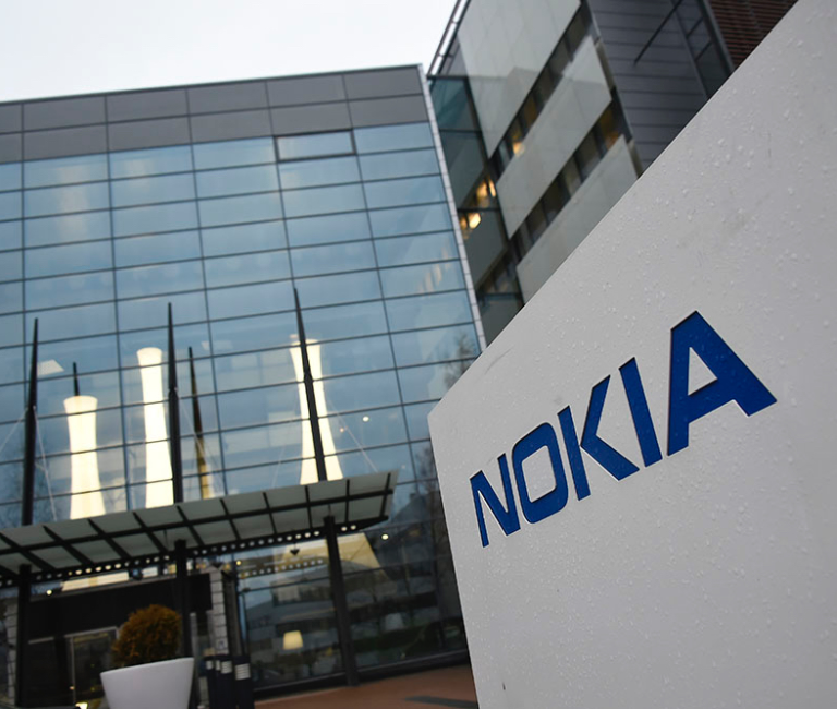 Nokia начала приносить прибыль