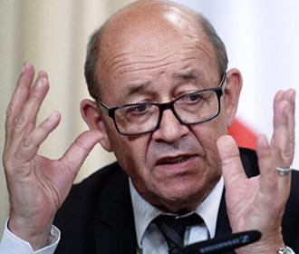"""Франция выступает за """"требовательный диалог"""" с Россией"""