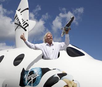 Ричард Брэнсон отправится в космос на девять дней раньше Джеффа Безоса