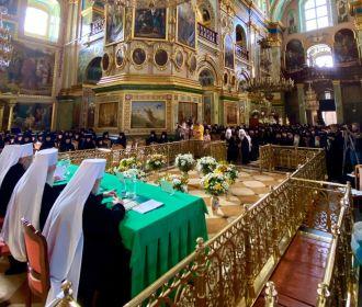 В Почаевской лавре собрались 310 представителей монастырей УПЦ со всей Украины