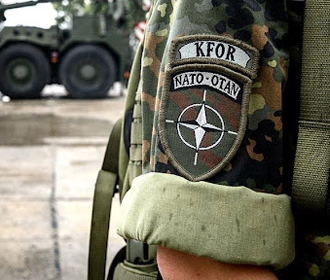 НАТО усиливает патрулирование в Косово из-за обострения напряженности
