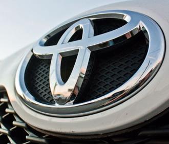 Toyota хочет отказаться от пластика в своих автомобилях