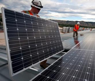 Американские школы переведут на энергию солнца